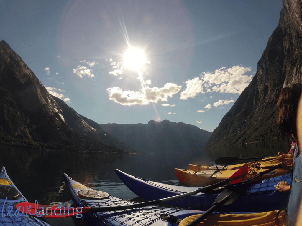 Kayak en fiordo