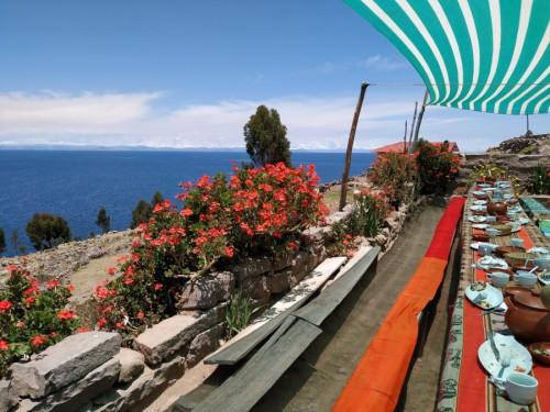 comer en lago titicaca