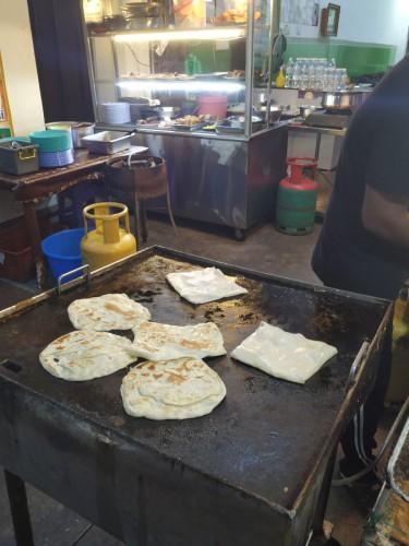 roti street food
