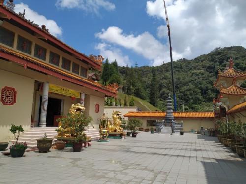 templo budista tanah ratah