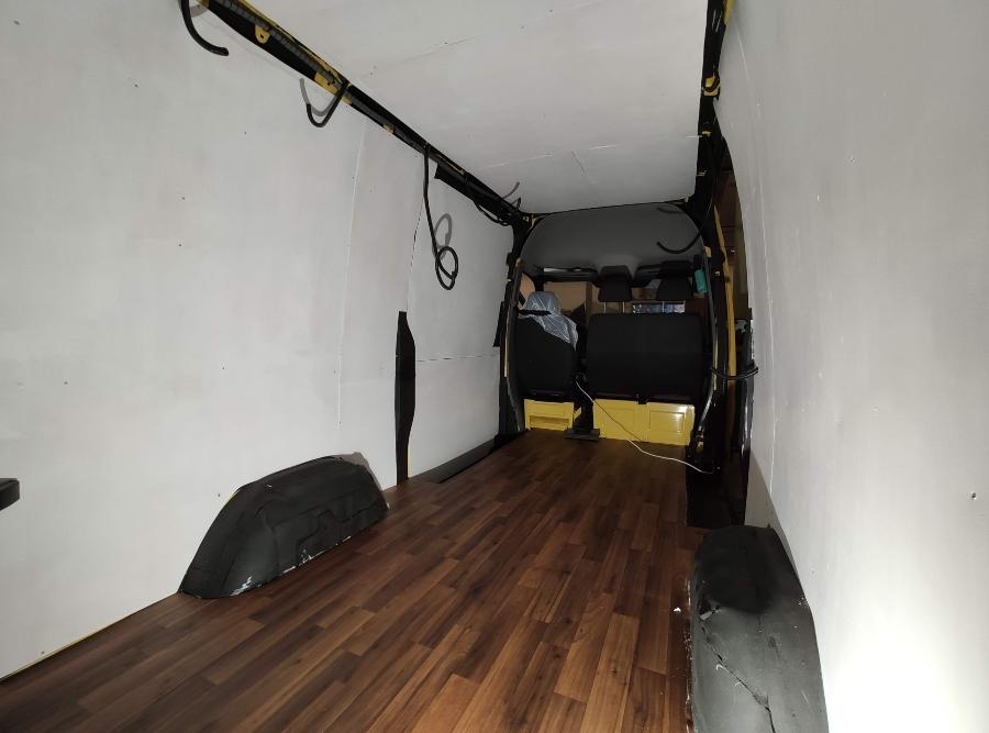 panelado furgo camperizacion